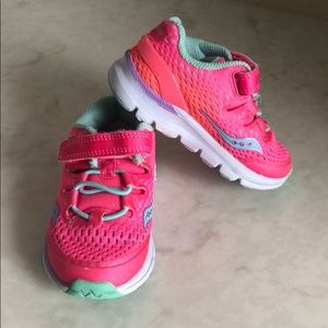 Little Girls Saucony Tennis Shoe